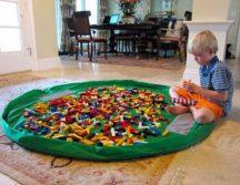 Összehúzható játéktároló szőnyeg készletről