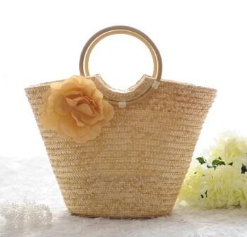 Női szalma táska körfogantyúval