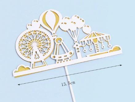 Fehér arany vidámpark torta dekoráció Készletről