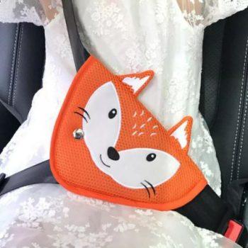 Gyerek biztonsági övterelő autóba