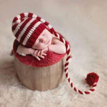 Baba Fotózás - Piros fehér csíkos nagy bojtos sapka Készletről