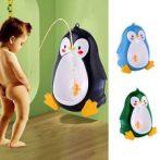 Falra szerelhető pingvines kisfiú piszoár